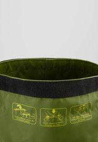 Tumble 'n dry - ROBIN - Taška spříčným popruhem - vineyard green - 4