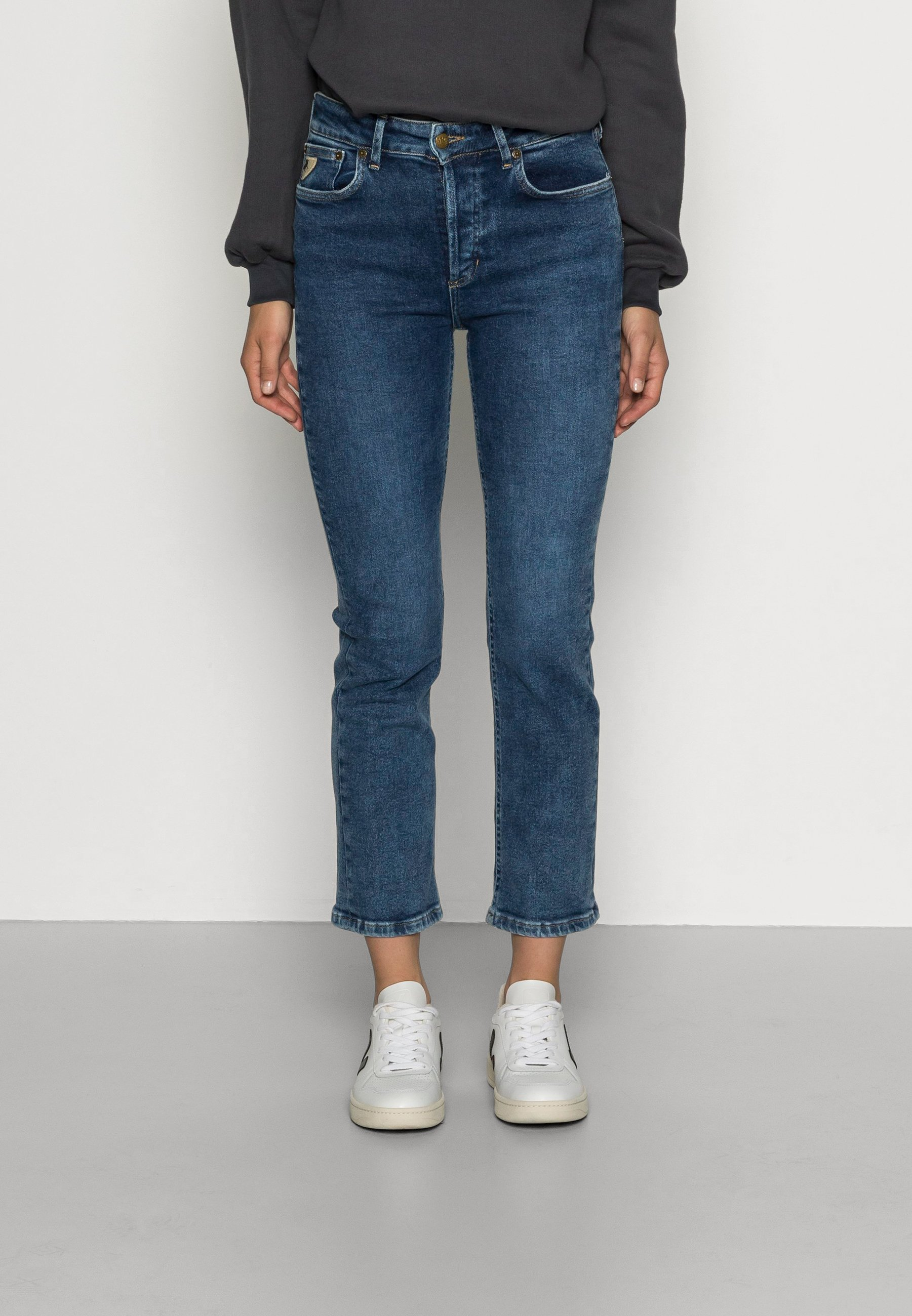 Women RIKO - Relaxed fit jeans