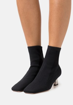 BACCARA - Ankle boots - nero