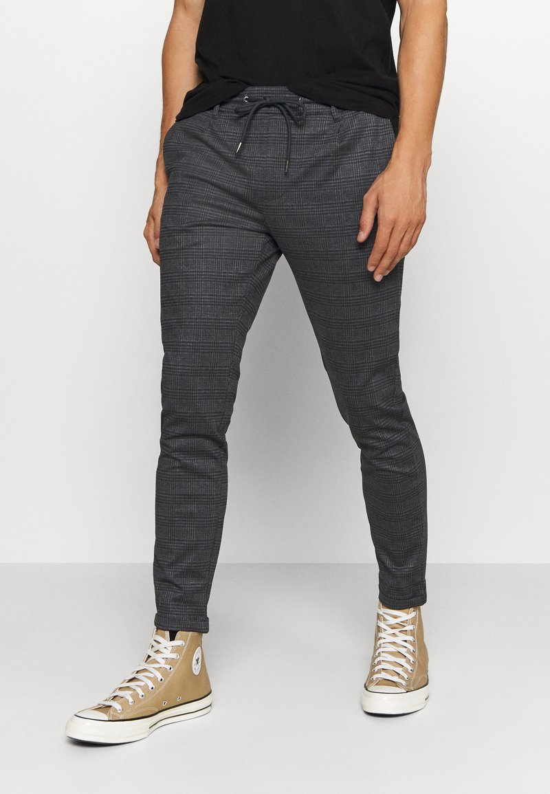 INDICODE JEANS - EBERLEIN WITH ROLL UP CHECK - Trousers - mecan grey