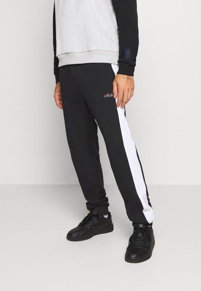 LARS  - Teplákové kalhoty - black/bright white