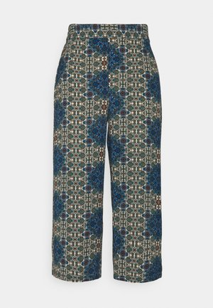 VMSAGA CULOTTE PANT - Bukse - birch/esmeralda