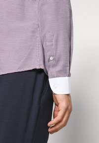 Shelby & Sons - TENBY - Formal shirt - red white - 5