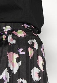 Guess - CHIKA SKIRT - Mini skirt - multi coloured - 5