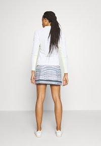 adidas Golf - ULTIMATE SPORTS GOLF SKIRT - Sportovní sukně - glory grey/pink tint - 2