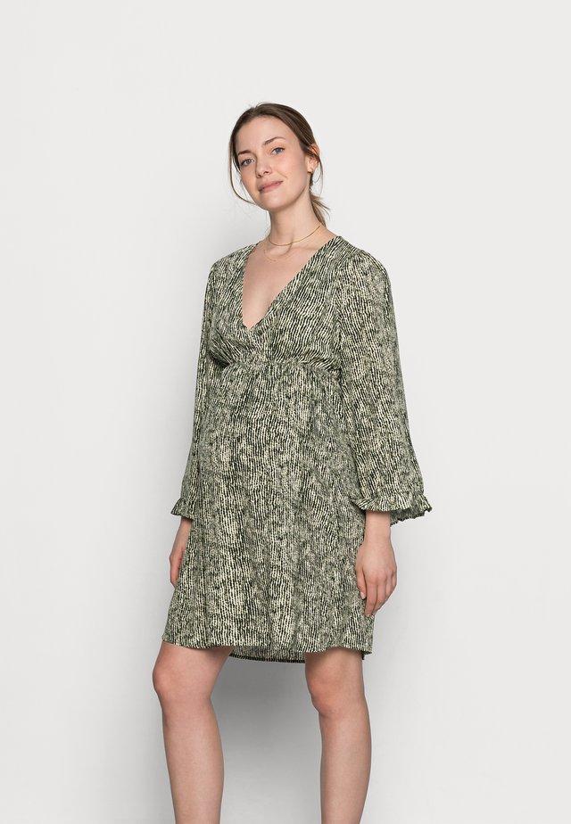 MLMAYRA DRESS  - Denní šaty - snow white/green