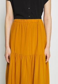 Sisley - SKIRT - Maxi sukně - mustard - 5