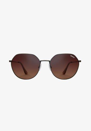Solglasögon - dark gunmetal