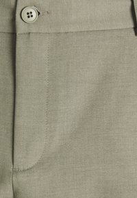 Les Deux - PINO CARGO - Shorts - lichen green - 2