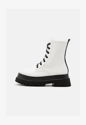 HARLOW - Platform ankle boots - white