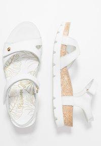 Panama Jack - SULIA COLORS - Sandály na klínu - weiß - 3