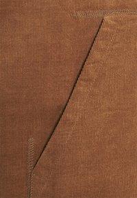 Carhartt WIP - HOODED CORD - Felpa con cappuccio - rum/gold - 2
