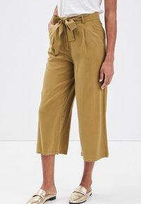 Cache Cache - Pantalones - vert olive - 3