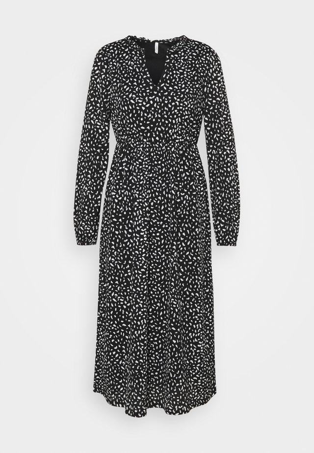 ONLPELLA FRILL DRESS PETIT - Jersey dress - black
