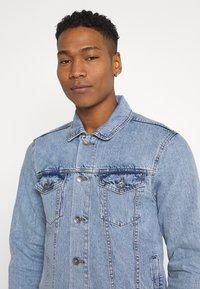 Redefined Rebel - MARC JACKET - Denim jacket - light blue - 4