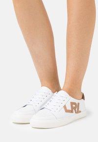 Lauren Ralph Lauren - JAEDE - Sneakers basse - real white/nude/dee - 0