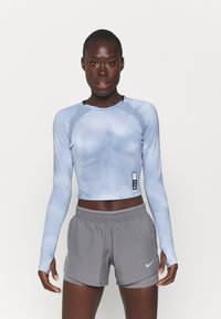 Under Armour - RUN ANYWHERE CROPPED - Long sleeved top - isotope blue - 0