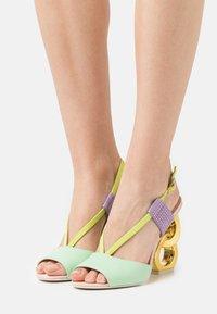 Kat Maconie - HALLE - Sandaler med høye hæler - spearmint/crystal pink - 0