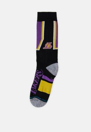 NBA LAKERS SHORTCUT - Club wear - purple