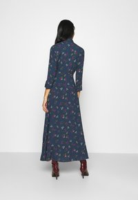 YAS - YASSAVANNA FLOWER LONG DRESS - Vestito lungo - ensign blue - 2