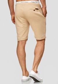 INDICODE JEANS - ALDRICH - Shorts - sand - 1