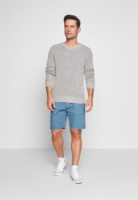 INDICODE JEANS - THISTED - Shorts - aegean blue - 1