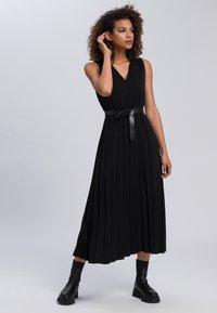 Marc Aurel - Maxi dress - black - 1