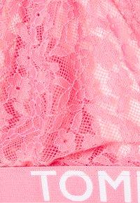 Tommy Hilfiger - BRA - Kaarituettomat rintaliivit - hamptons pink - 2