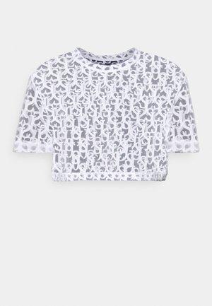 MONOGRAM CROP TOP - Print T-shirt - white