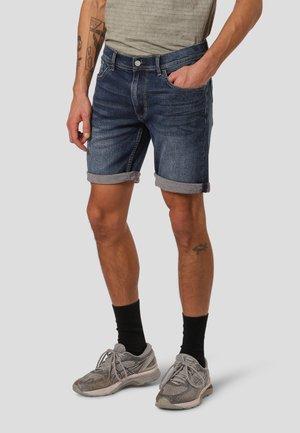 LESLI  - Denim shorts - blue texas used