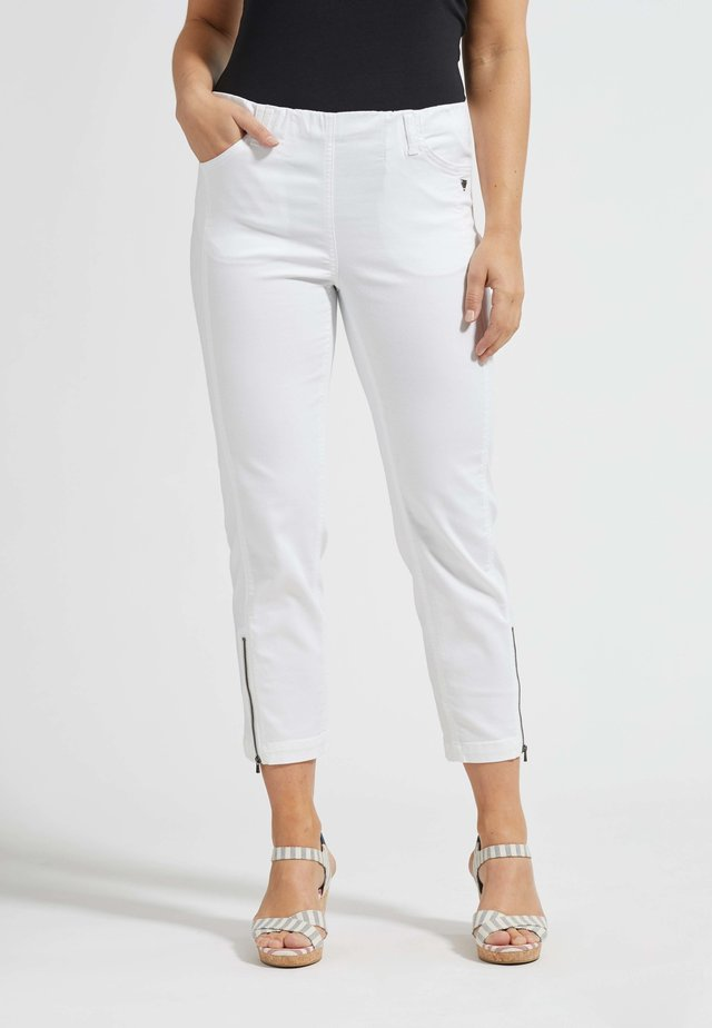 7/8-HOSE PIPER IN SCHLICHTEM DESIGN - Slim fit jeans - white