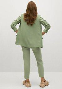 Mango - SEMIFLU - Kalhoty - vert pomme - 2