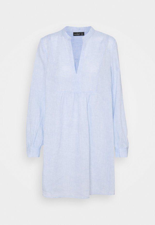 BERIT - Sukienka koszulowa - blue