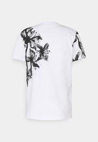 Jack & Jones PREMIUM - JPRBLALELY TEE CREW NECK - Print T-shirt - white - 1