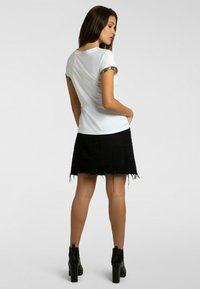 Apart - T-shirt imprimé - weiß - 2