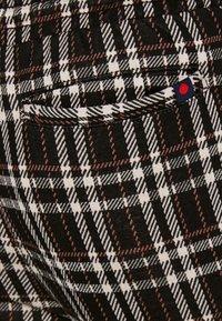 Denim Project - PANTS CROPPED - Trousers - black - 5