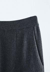 Massimo Dutti - Trousers - grey - 3