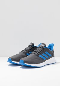 adidas Performance - RUNFALCON - Zapatillas de running neutras - grey six/true blue - 2