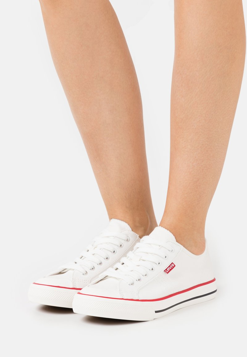 Levi's® - HERNANDEZ - Sneakers - regular white