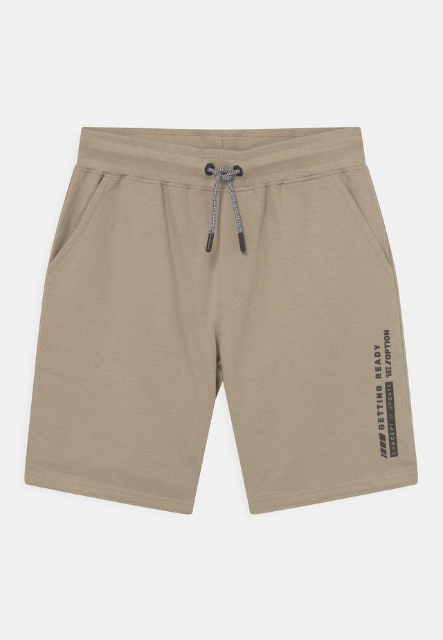 TEENAGER - Shorts - desert