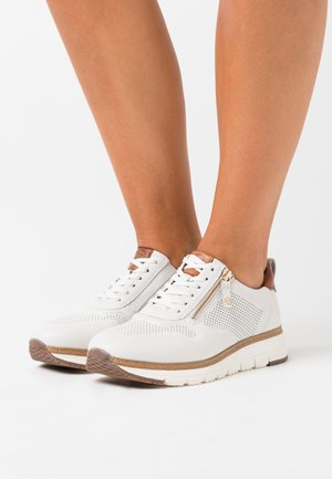 LACE UP - Baskets basses - white/cognac