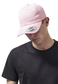 Flexfit - LOW PROFILE - Cap - pink - 0