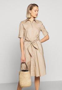 Lauren Ralph Lauren - SILKY DRESS - Vestido camisero - birch tan - 4