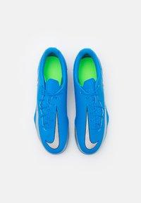 Nike Performance - PHANTOM GT CLUB FG/MG - Scarpe da calcetto con tacchetti - photo blue/metallic silver/rage green - 3
