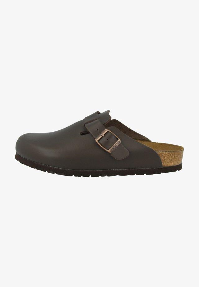 BOSTON - Slippers - dark brown