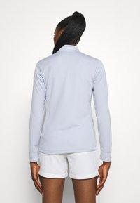 Nike Golf - Zip-up sweatshirt - ghost/white - 2