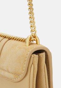 See by Chloé - Hana Evenning bag - Across body bag - seed brown - 6