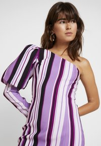Mossman - THE NEW SENSATION DRESS - Cocktail dress / Party dress - purple - 4