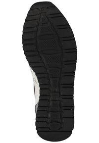 Living Kitzbühel - Sneakers laag - schwarz/weiß - 4
