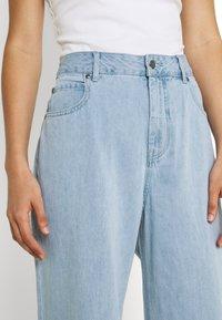 Afends - KENDALL - Široké džíny - stone blue - 3